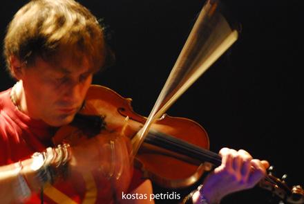Yann Tiersen and his violin 2