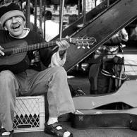 10 τραγούδια για τους φόρους