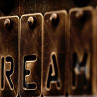 Σπασμένα όνειρα της κρίσης