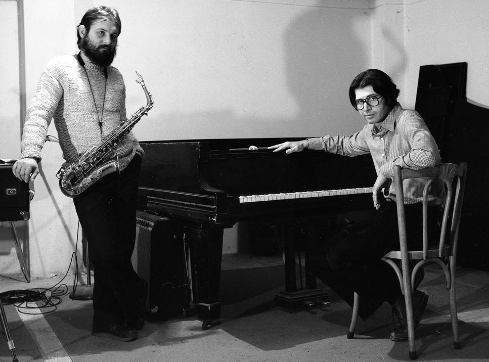 Φλώρος Φλωρίδης και Σάκης Παπαδημητρίου. Πρόβες στο στούντιο «Αγροτικόν» του Νίκου Παπάζογλου, 1979.
