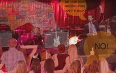 Άκου νέα τραγούδια των Bob Mould, The Last Shadow Puppets, Mogwai, Violent Femmes